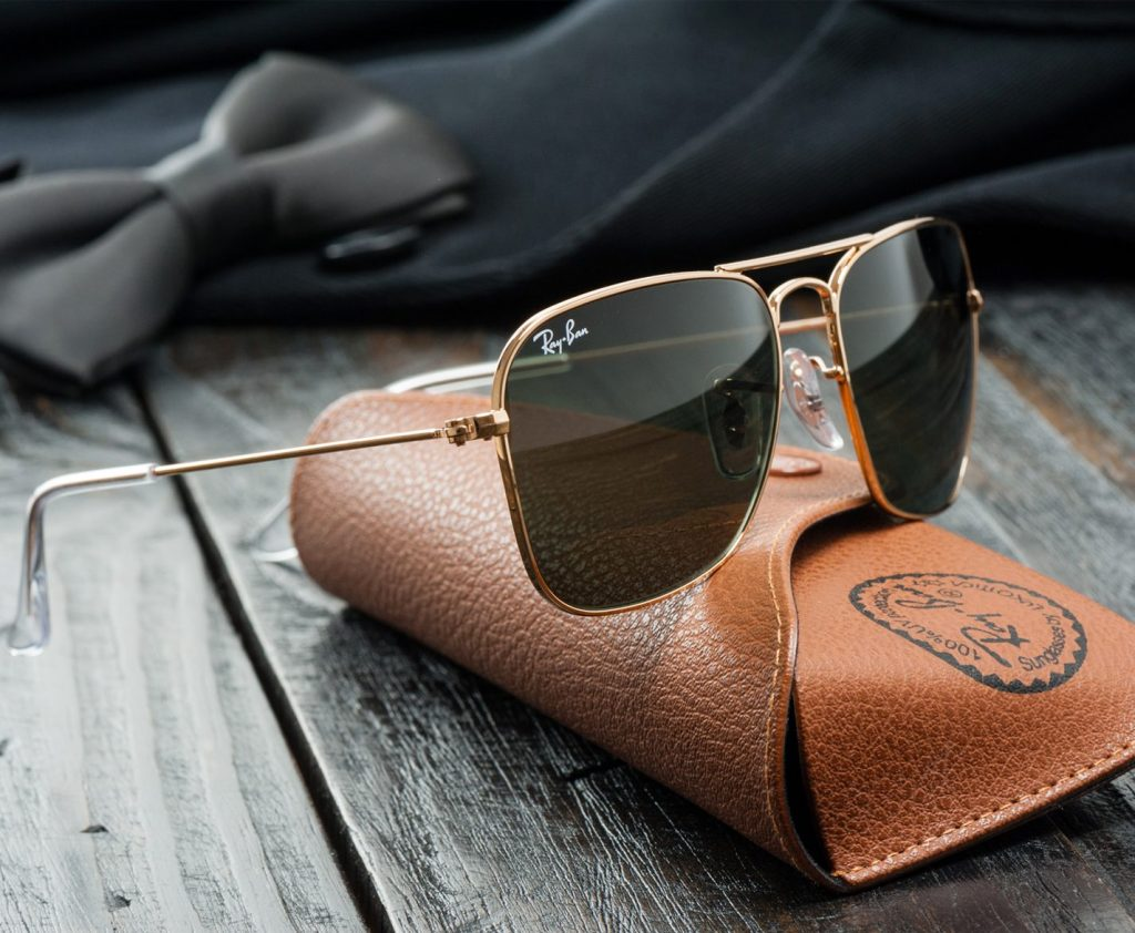 Must Buy Travel Accessories for Summer Trip